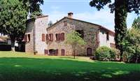 Luxury farmhouse in Tuscany for sale with 300 hectares