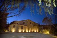 Splendid farmhouse for sale in Tuscany
