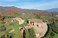 country houses for sale in Florentine Chianti