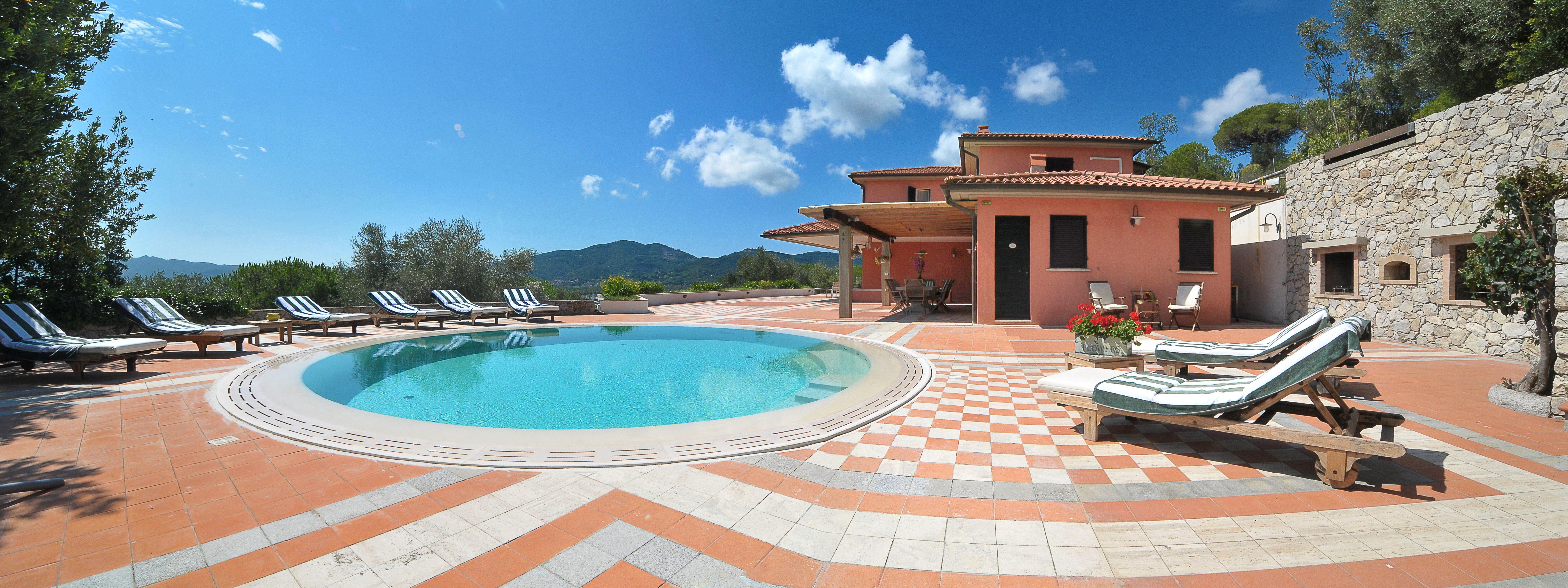 Vendita villa con piscina a portoferraio livorno toscana italia ville casali vendita - Ville con piscina in vendita ...