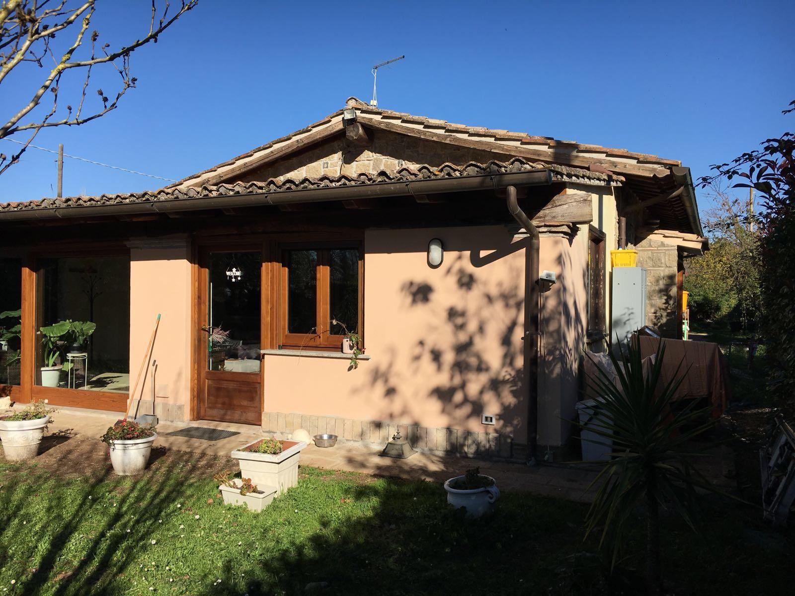 Casa in vendita sul lago di bracciano roma lazio for Case in vendita roma
