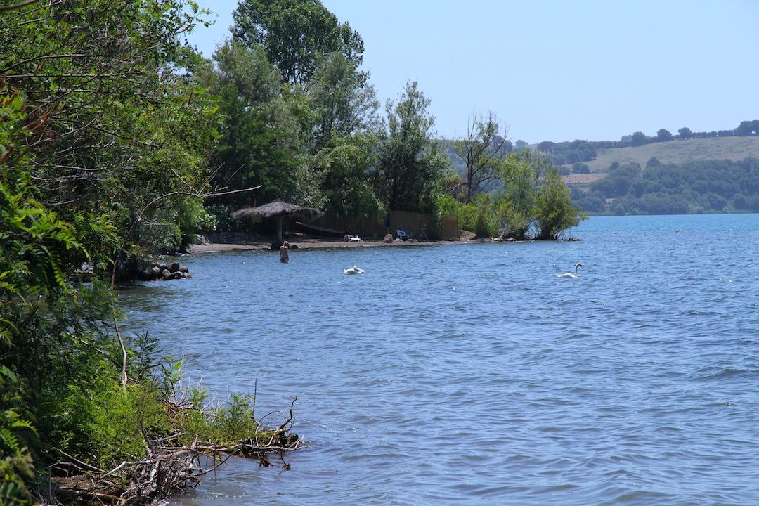 Casa in vendita sul lago di bracciano roma lazio for Case in vendita trevignano romano