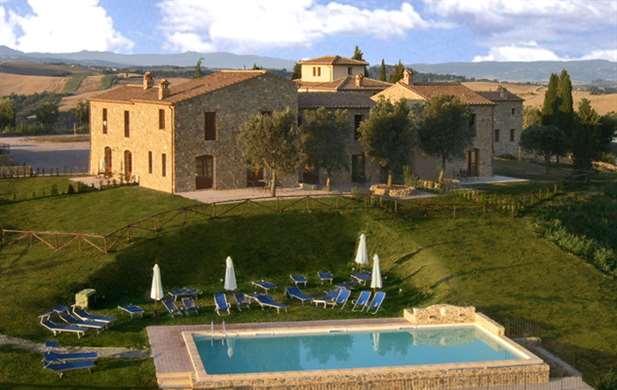 Casa in vendita a montalcino siena toscana italia for Casa milano vendita