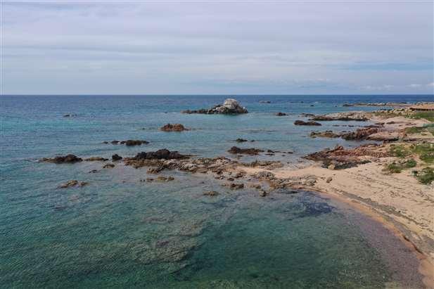 vendita villa di lusso in Sardegna con accesso diretto al