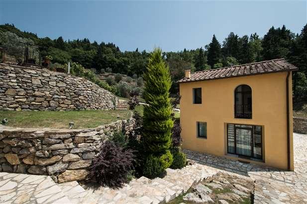 Villa di lusso in vendita a prato prato toscana for Vendesi ville di lusso