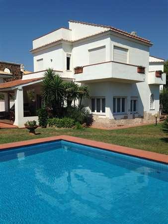 Vendita villa di lusso con piscina sul mare fregene roma lazio italia ville casali - Villa con piscina roma ...