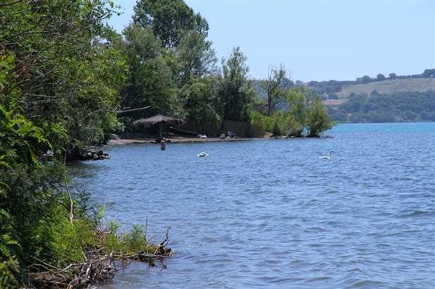 casa in vendita sul lago di bracciano roma lazio